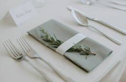 Harley cutlery, Savoie glassware and grey napkins