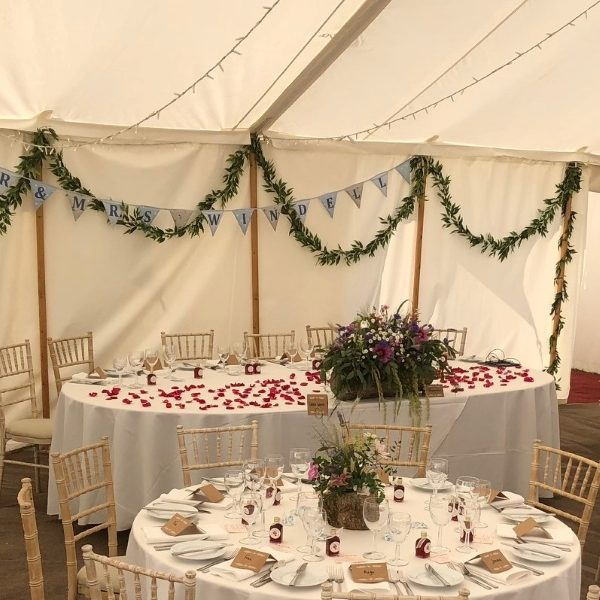 10ft Oval top table
